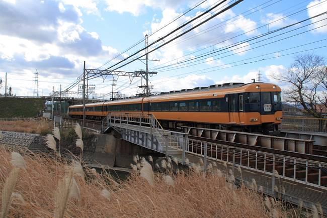 001スナックカ-12200形近鉄名古屋線pic.jpg