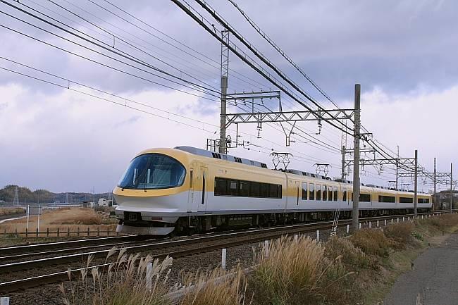 002300系近鉄名古屋線.JPG