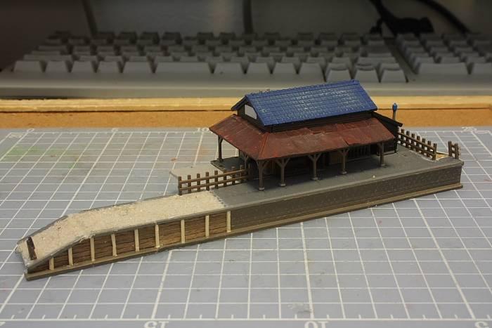 003駅舎.JPG