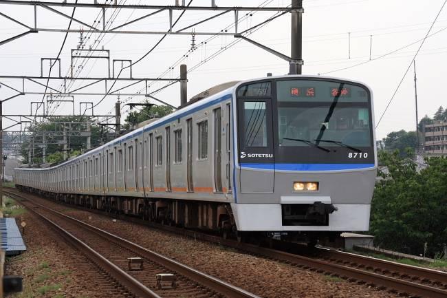 002青8700形.JPG